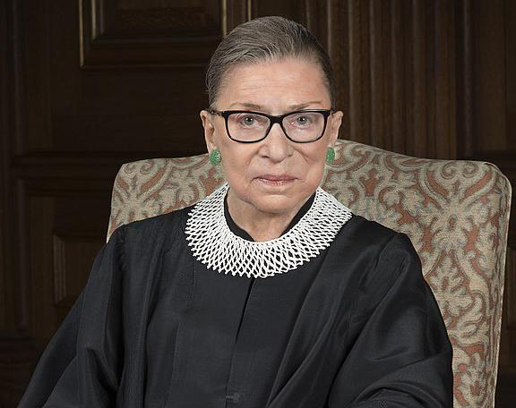 Обязан ли Трамп соблюсти предсмертную волю Судьи ВС Рут Гинзбург?