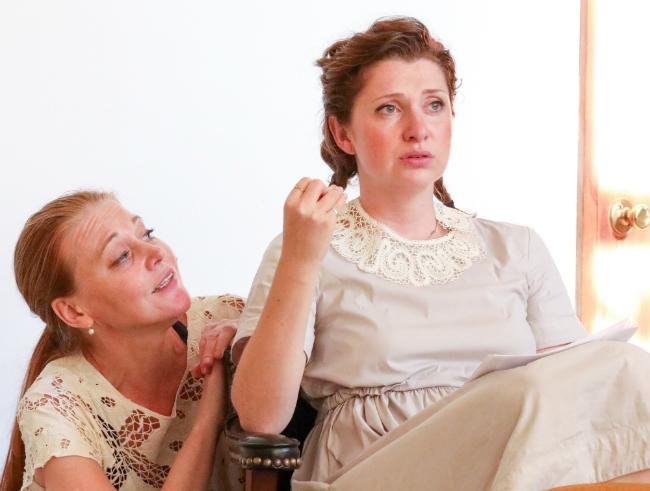 Театр  ДИАЛОГ открывает свой 16-й сезон премьерой «Сонечка и Марина»