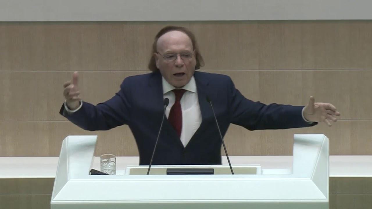 В Совете Федерации 5 ноября в эти тридцать минут выступления Эдварда Радзинского стояла  гробовая тишина