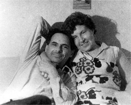 Д.Храбровицкий с женой Катей. 1971 г.