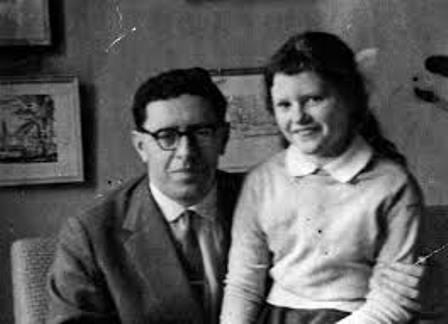 С дочкой Олей, 1960